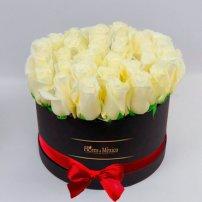 Caja Negra de Rosas Blancas, Mexico
